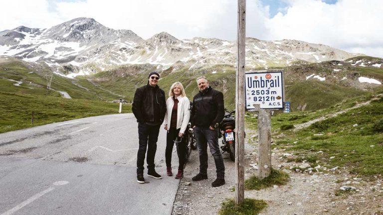 [Vlog] Motorrad-Tour durch die Alpen mit Triumph Bonneville T120 Black und Scrambler 1200 XE
